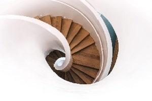 Die Wahl des Materials entscheidet über den Preis Ihrer Wendeltreppe – Tipp zum Bau erklärt.