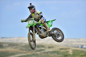 JP Alvarez riding his KX250 at the 2020 taft NGPC