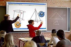 Các chuyên gia chứng thực lợi ích khi sử dụng máy chiếu trong dạy học