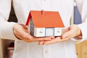 Tipp zum Bau stellt Ihnen das Tiny House als neuen Trend des energieeffizienten Bauens vor.