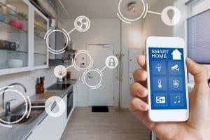 Einen Überblick über Smart Home Geräte gibt es bei Tipp zum Bau.