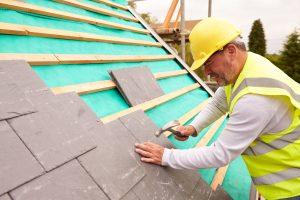 Tipp zum Bau informiert Sie über die Einzelheiten der Dachdeckung mit Schiefer.