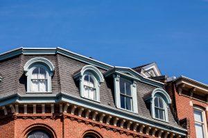 Erfahren Sie bei Tipp zum Bau, durch welche Merkmale sich eine Flachdach auszeichnet.