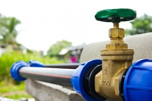 Bei einem Hausbrunnen sind die richtigen Trinkwasser-Fittings von großer Bedeutung.