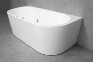 Madison Spa Bath by Henry Brooks Bathroomware