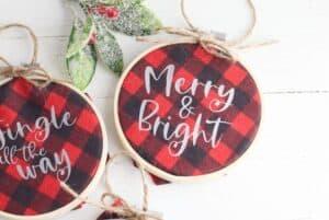 Buffalo Plaid Hoop Ornaments feature 3