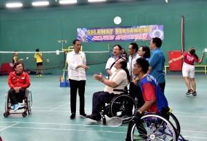 President Jokowi visits Asian Para Games athletes at Hartono Trade Center, in Sukoharjo Regency, Central Java. (Photo: BPMI)
