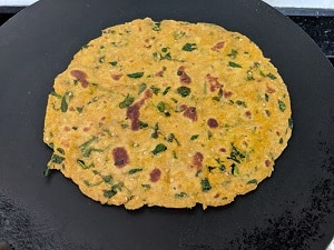 Methi Thepla is ready to serve
