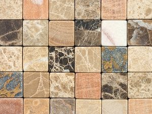 Bei Tipp zum Bau erfahren Sie alles über positive Eigenschaften von Natursteinen für Ihre Natursteinfassade.