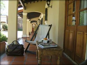 The patio of Paradores Dragi hotel in San Antonio de Areco