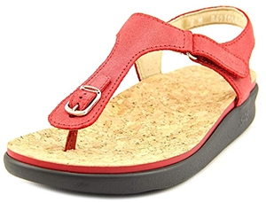 Sandals for Bunions | fashion over 40 | style | fashion | 40plusstyle.com