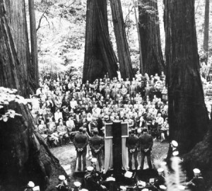 The Memorial Service for President Roosevelt among the redwoods at Muir Woods on May 19, 1945. Courtesy of The Bancroft Library, University of California, Berkeley.