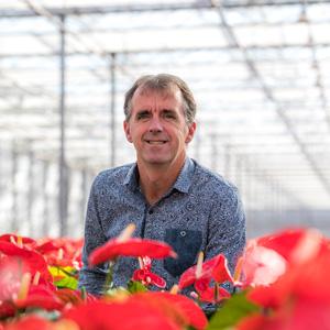 Fred van Zijl in de kas van Amazone Plants