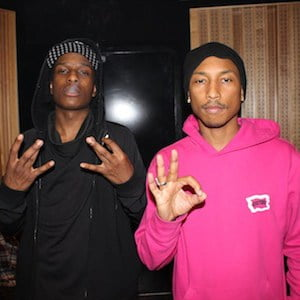 #world - A$AP Rocky, Pharrell Discuss Cult Followings, Originality | @HipHopDX Artes & contextos world aap rocky pharrell discuss cult followings originality