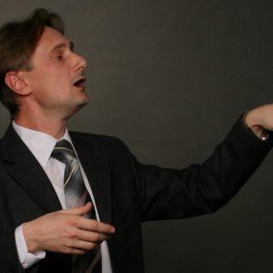 Ораторское искусство. Заполнение пауз жестами