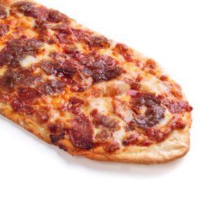 Pizza lunga sobrasada y cebolla caramelizada | di Paolo