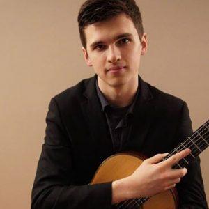 Daniel Turner teachers classical, acoustic, fingerstyle, and flamenco guitar in Toronto