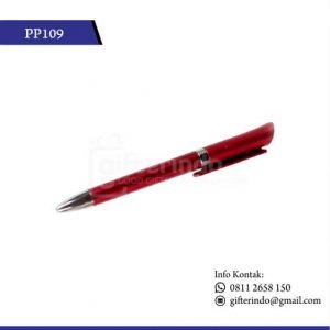 Pulpen touchscreen merah
