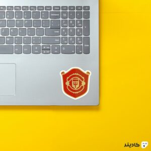 استیکر لپ تاپ نماد منچستر یونایتد روی لپتاپ
