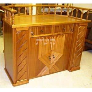 תיבה בבית הכנסת בית יוסף, טבריה