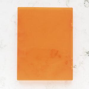 caja-naranja-para-sellos-artesanales-materiales-carvado-sellos-ana-sola