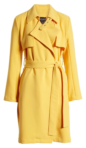 The perfect yellow coat for women over 40 | 40plusstyle.com