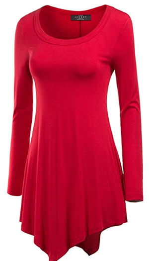 Asymmetrical tunic to wear with leggings | 40plusstyle.com