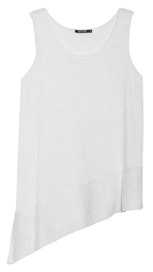 11 ways to hide your belly | Use asymmetrical tops | fashion over 40 | 40plusstyle.com