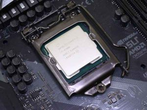 Intel Core i7 9700K-3
