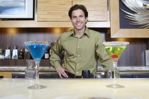 how to become a bartender with no experience