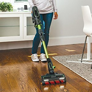 DuoClean enables the Shark IONFlex DuoClean Cordless Ultra Light Vacuum IF201 to clean all carpeting and smooth floors