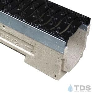 U100KM-FNHX100KCCM-1 cast iron heel-proof grate polymer concrete galv edge ULMA channel