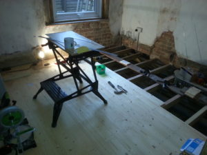Renewing floorboards