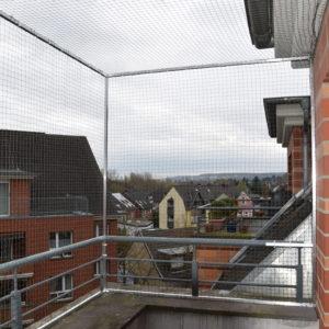 Katzennetz für die Balkonsicherung