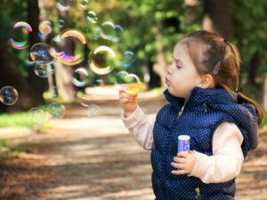 kid_blowing_bubbles