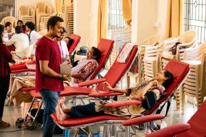 people donating blood in bangalore