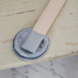 Grijze-krijtverf-warm-grey-kleuren-krijtverf-krijtverf-grijs-krijtverf-tafel-krijtverf-vloer-krijtverf-trap