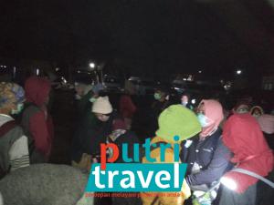 sewa-mobil-tour-kawahijen-mahasiswapoltekes-lombok2.0