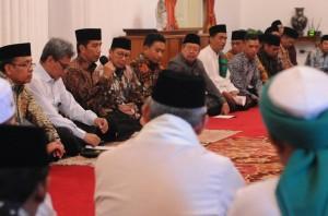 Presiden berdialog dengan para kyai dan ulama di Istana Negara, Kamis (10/11). (Foto: Humas/Rahmat)