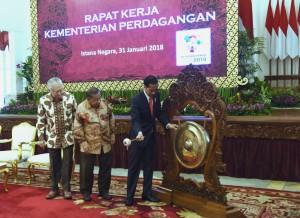 Presiden Jokowi saat membuka Rapat Kerja Kementerian Perdagangan, di Istana Negara, Jakarta, Rabu (31/1) pagi. (Foto: Humas/Rahmat)