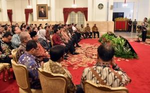 Presiden Jokowi menyampaikan sambutan pada acara Penyampaian Laporan Hasil Pemeriksaan Atas Laporan Keuangan Pemerintah Pusat Tahun 2017, di Istana Negara, Jakarta, Senin (4/6) pagi. (Foto: Rahmat/Humas)