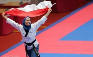 Atlet Taekwondo Indonesia, Defia.