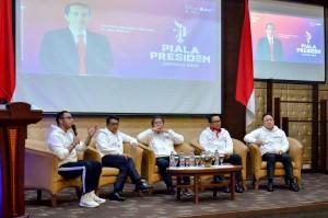KSP Moeldoko didampingi Menkominfo, Menpora, dan Kepala Bekraf saat peluncuran Piala Presiden Esports 2019, di Gedung III Kemensetneg, Jakarta, Senin (28/1) pagi. (Foto: AGUNG/Humas)