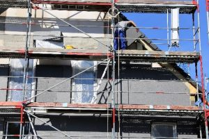 Tipp-zum-Bau erklärt, worauf es bei der Dämmung der Fassade ankommt.