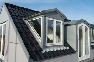 Tipp zum Bau vergleicht alle Arten von Dachfenster. Wir beraten Sie kompetent.