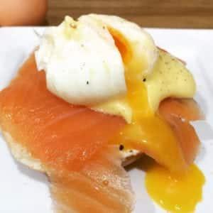 Egg Benedict Recipe | AmateurChef.co.uk