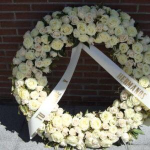corona-rosas-blancas