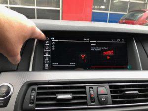 BMW Android Touchscreen 10,25 Zoll Display nachrüsten in Berlin