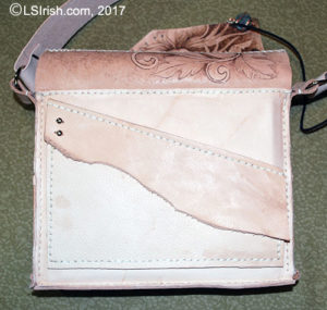 creating a pocket flap for a leather purse