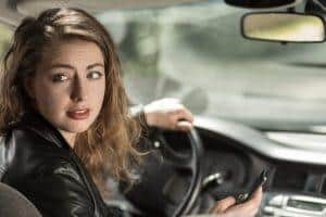 Montgomery Accident Attorney Offers 7 Tips to Avoid Distracted Driving